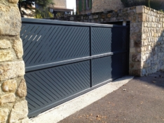 Aluminium driveway gates - Creation Escalquens