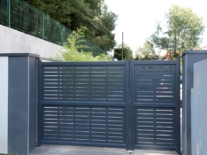Aluminium driveway gates - Creation Sète